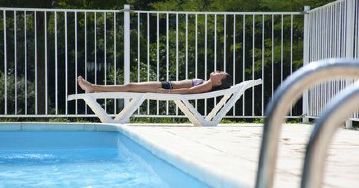 Rail de piscine pour la pose du liner for Pose de liner de piscine