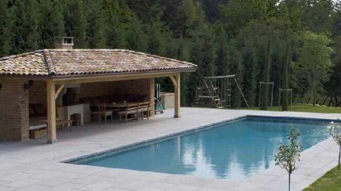 Le pool house de piscine - Construire douche exterieure ...
