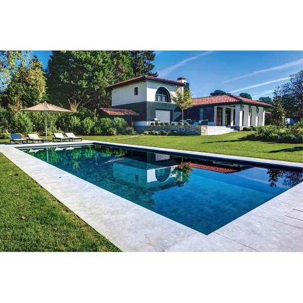 piscine familiale carr bleu piscine enterr e piscines. Black Bedroom Furniture Sets. Home Design Ideas
