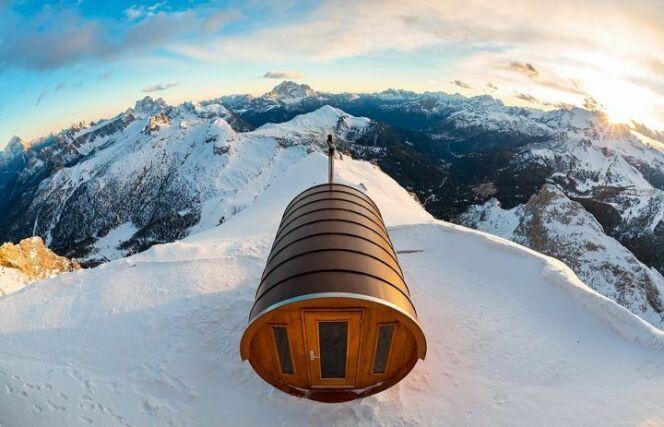 Refuge du Mont Lagazuoi, au cœur du Massif des Dolomites en Italie