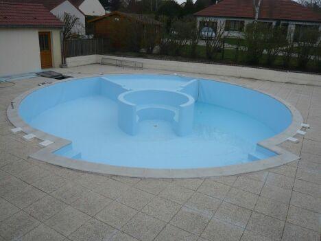 "Renov'Pool à Torvilliers<span class=""normal italic petit"">© Renov'Pool</span>"