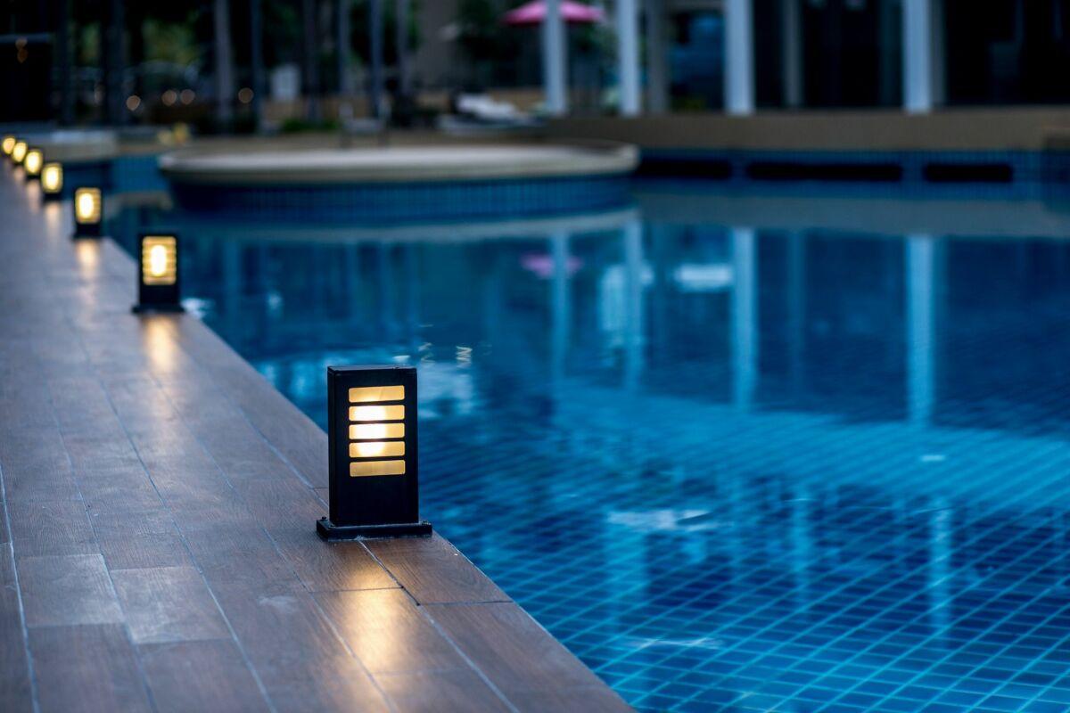Remplacer Un Carreau De Carrelage rénovation d'un carrelage de piscine - guide-piscine.fr
