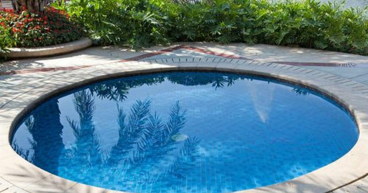 R nover ou changer le rev tement d une piscine - Calculer le cubage d une piscine ...