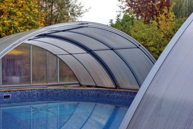 "Rénover un abri de piscine <span class=""normal italic petit"">© aruba200 -Thinkstock</span>"