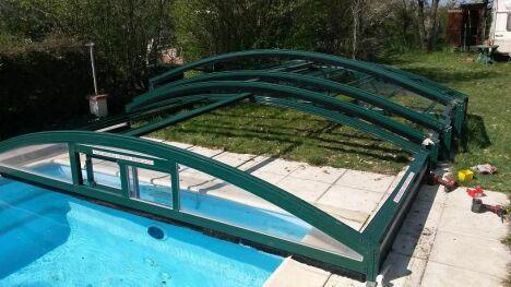 """chantier remplacement plaques d'abri avant <span class=""""normal italic petit"""">© lac'eau abris piscines</span>"""