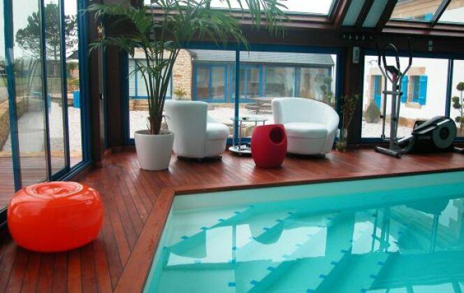 Repos et détente caractérisent les piscines bien-être © L'Esprit piscine