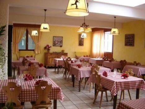 "Restaurant de l'hôtel Le Clos<span class=""normal italic petit"">DR</span>"
