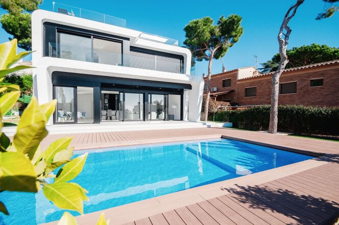 Revente d'une propriété avec piscine
