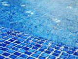 La couleur d'une piscine : revêtements et matériaux