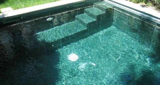 Revêtement de piscine en quartz