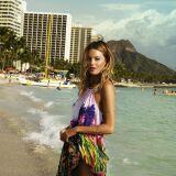 Robe de plage longue imprimés tropicaux