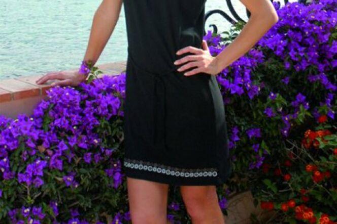 "Robe de plage<span class=""normal italic petit"">© Rose Pomme Bain</span>"