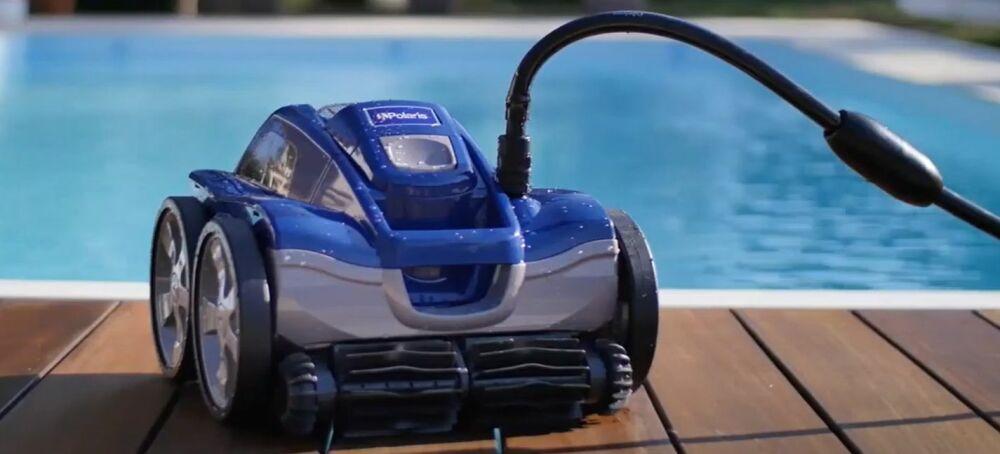 Robot de piscine Polaris Quattro Sport© Polaris