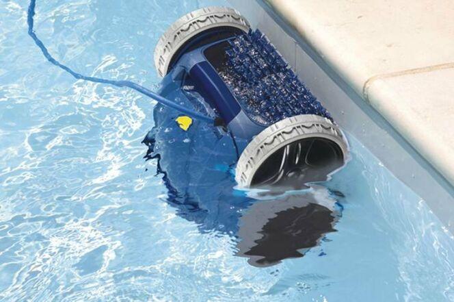 Entretien piscine 10 robots de piscine en images robot for Zodiac piscine robot