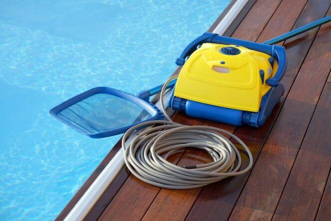 Robot pour piscine naturelle