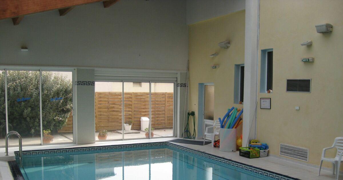 Salle de sport et piscine garden gym saint est ve for Piscine de salles horaires