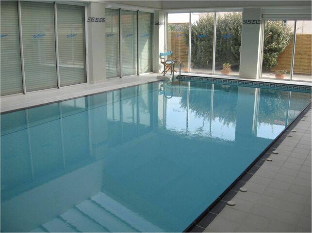 Salle de sport et piscine Garden Gym à Saint-Estève