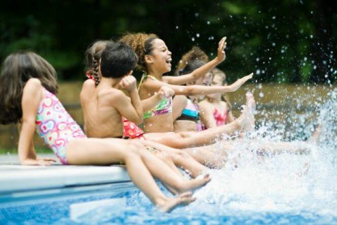 """Le savoir-vivre à la piscine<span class=""""normal italic petit"""">© Fuse - Thinkstock</span>"""