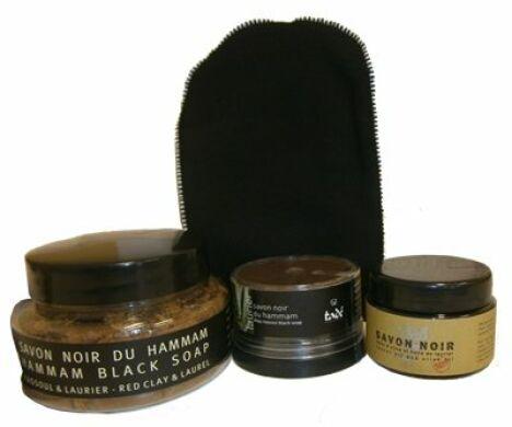 """Savon noir, idéal pour les rituels du hammam.<span class=""""normal italic petit"""">© Huile-dargan.fr</span>"""