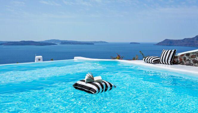Se baigner avec un magnifique panorama sur la mer