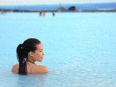 Se baigner dans l'eau glacée