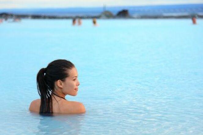 "Se baigner dans l'eau glacée<span class=""normal italic petit"">© Maridav - Fotolia.com</span>"