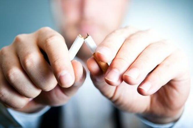 """Se sevrer du tabac en une semaine? C'est possible, grâce à la cure thermale.<span class=""""normal italic petit"""">© Rumkugel - Fotolia.com</span>"""
