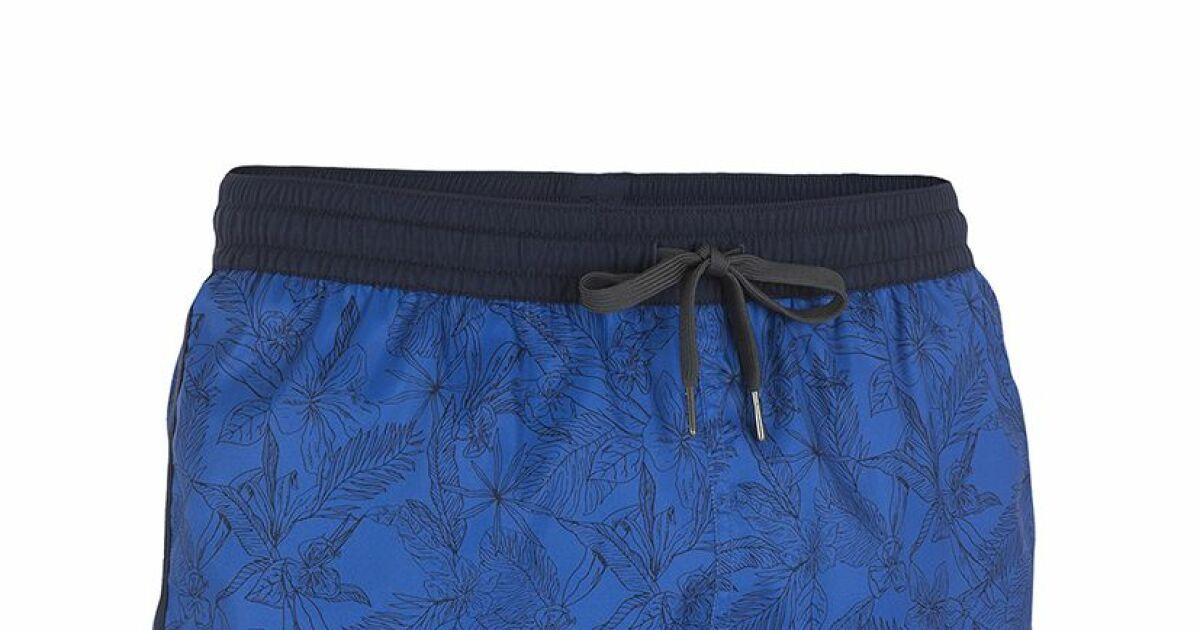 Short de bain bidarte bleu de la marque tribord for Short de bain piscine