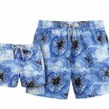 Short de bain bleu à fleurs exotiques pour homme Faï (Vilebrequin été 2013)