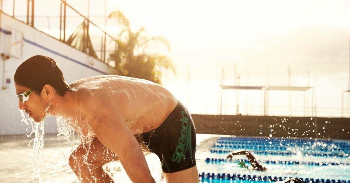 Short de bain court noir homme piscine speedo swim fitness for Short piscine homme