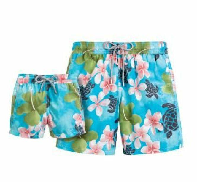 Short de bain pour homme motif fleurs exotiques et tortues Vilebrequin (été 2013)