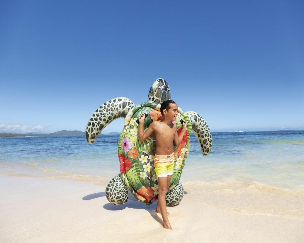 Si vous aimez les tortues, vous allez adorer lézarder sur cette bouée !© Intex
