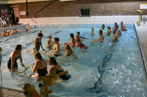 """Soirée cirque à la piscine du Littoral<span class=""""normal italic petit"""">DR</span>"""