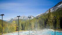 Sources thermales Miette : un moment de bien-être au milieu des montagnes