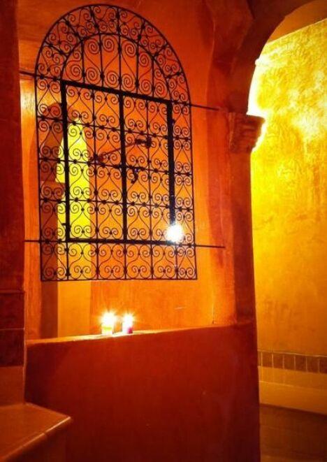 Le Spa de l'Arganier à Salon-de-Provence vous accueille dans une ambiance orientale chaleureuse.