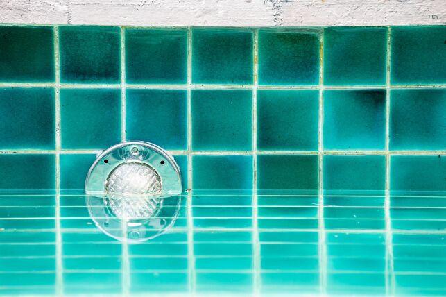 Spa de nage en mosaïque