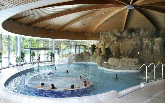 Bain intérieur du Spa du Centre Royatonic.