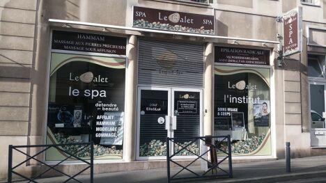 """Spa le Galet à Nogent Sur Marne<span class=""""normal italic petit"""">DR</span>"""