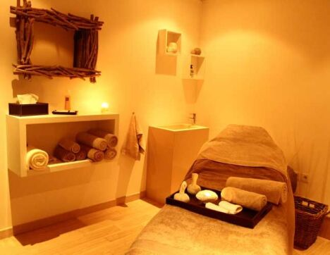 "Cabine de soin du Spa Sens Sensitive Wellness  <span class=""normal italic petit"">DR</span>"