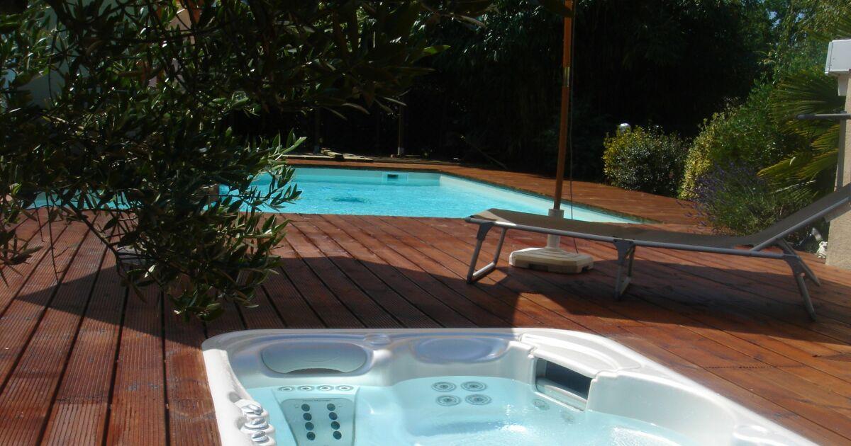 Piscine spas center saint paul l s dax pisciniste for Saint paul piscine