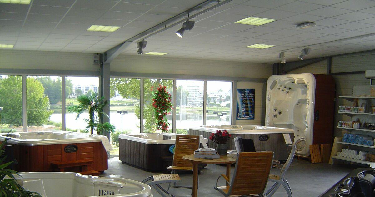piscine spas center saint paul l s dax pisciniste landes 40. Black Bedroom Furniture Sets. Home Design Ideas