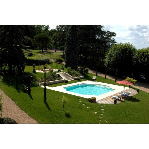 Spas piscines concept aubi re pisciniste puy de d me 63 for Piscine miroir mondial piscine