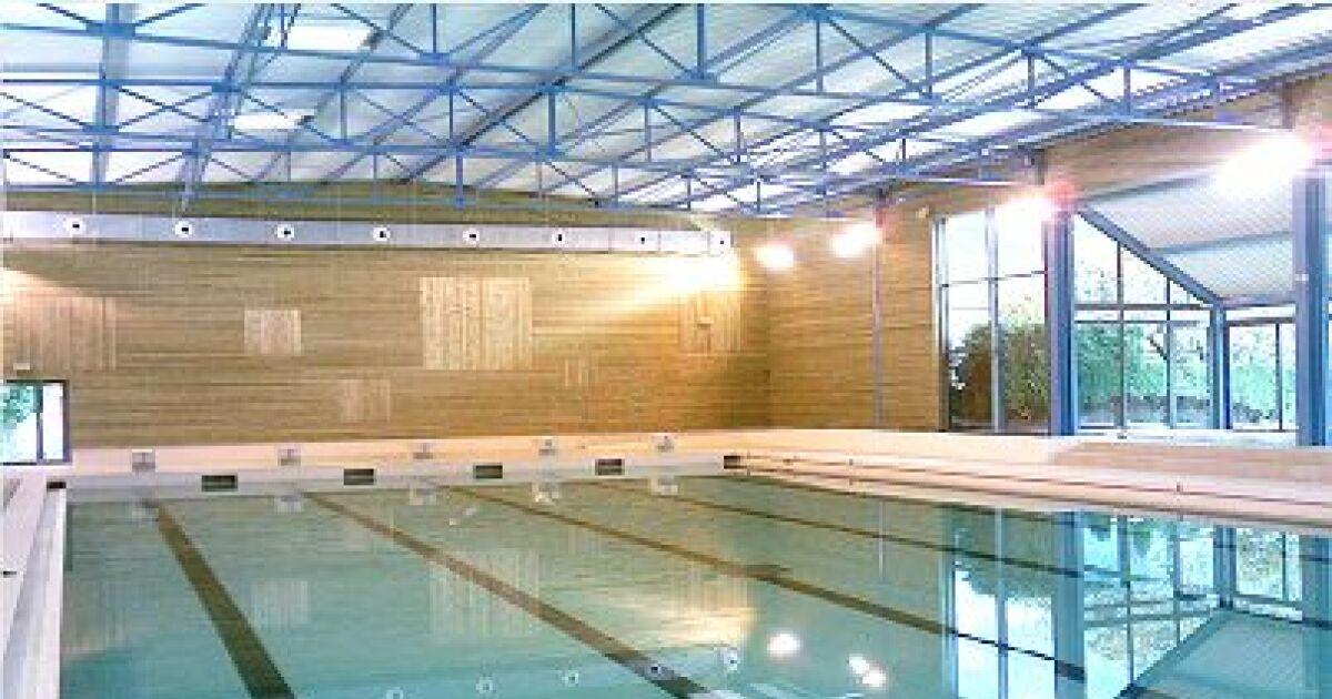 stade nautique andr de boysson piscine bagn res de bigorre horaires tarifs et t l phone. Black Bedroom Furniture Sets. Home Design Ideas
