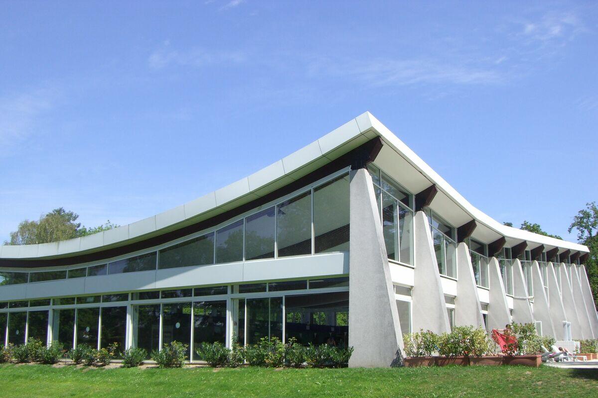Stade Nautique De La Faisanderie Piscine A Fontainebleau