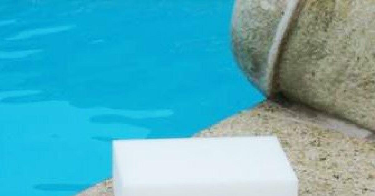 Produit nettoyage liner piscine kit reparation piscine for Colle pour liner piscine