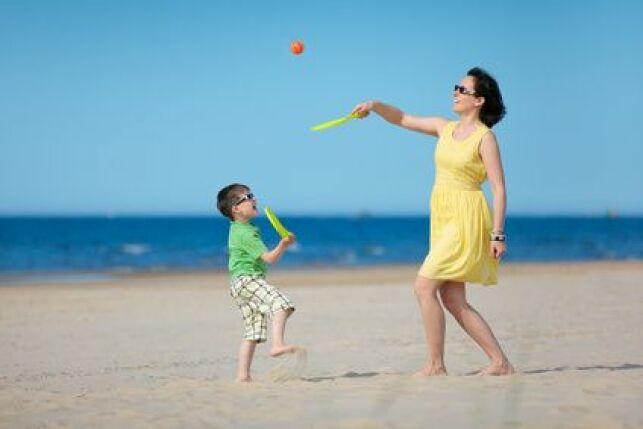 Surveiller ses enfants à la plage