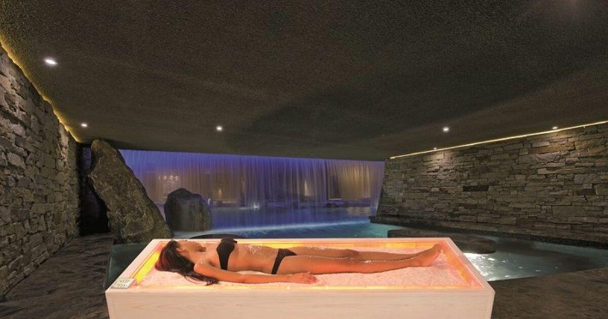 Quipements et accessoires bien tre solarium baignoire for Espace de relaxation