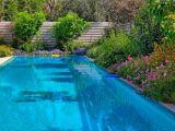 Taches noires sur liner de piscine