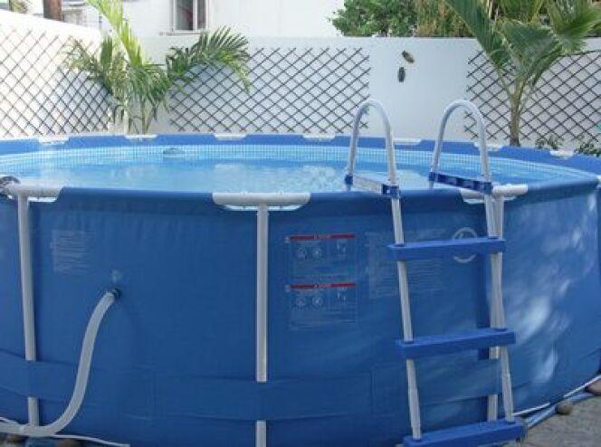 dimensions et tailles d une piscine tubulaire. Black Bedroom Furniture Sets. Home Design Ideas
