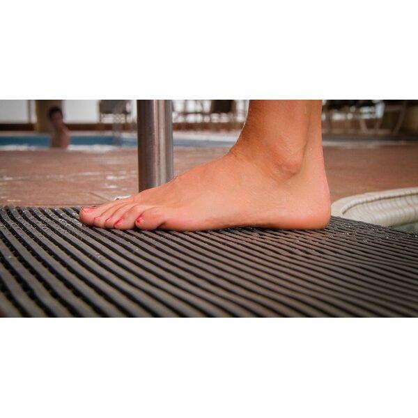 Carrelage design antid rapant tapis moderne design - Carrelage pour piscine antiderapant ...